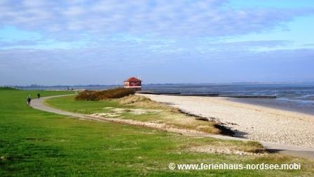 Strand Hooksiel im Herbst